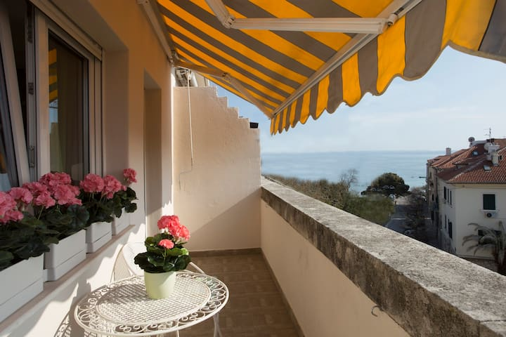 Butterfly beach apartment Bačvice - Split - Apartamento