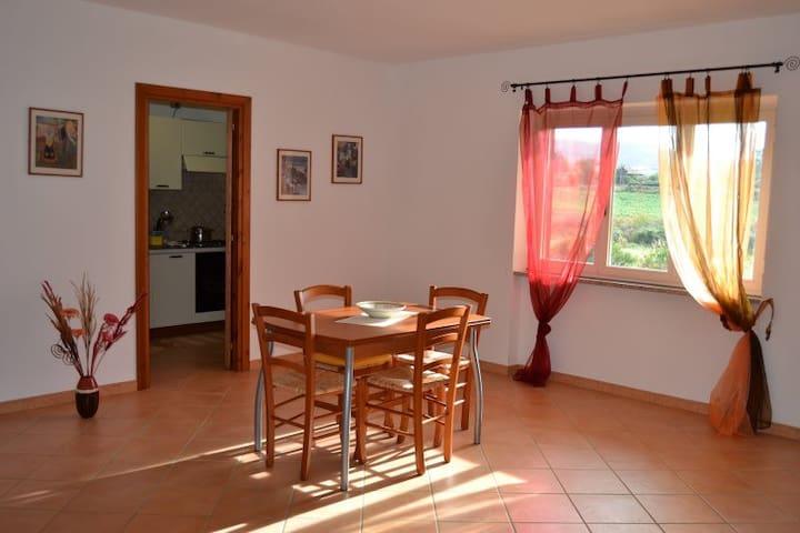 Appartamento Sole a 1 km dal mare - Valledoria - Apartemen