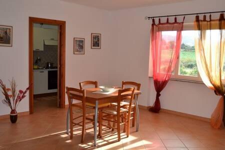 Appartamento Sole a 1 km dal mare - Valledoria - Lejlighed
