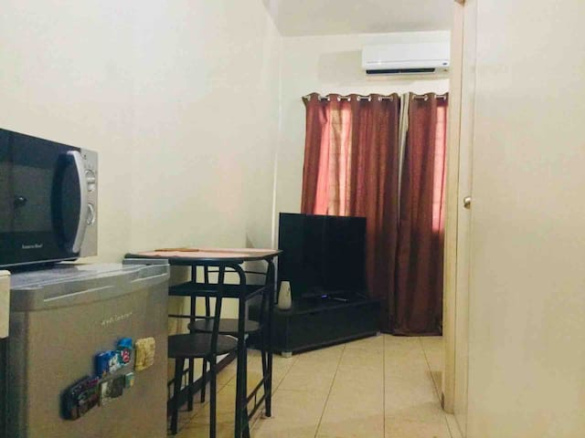 Cozy Apt. in Q.C near Nlex Mindanao Ave