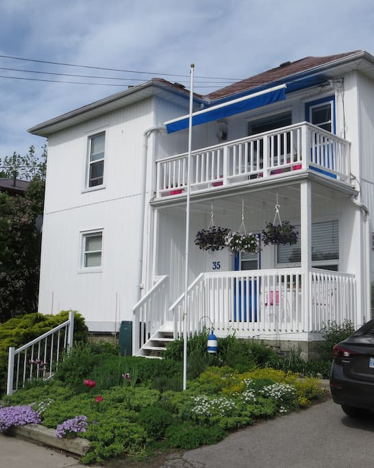 Upstairs right under the blue awning...Hill Street Harbour Suite