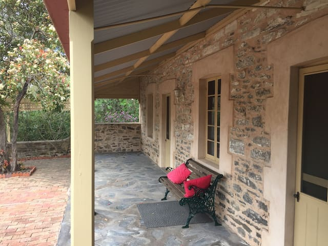 Managers Cottage at the Gasworks Strathalbyn - Strathalbyn - บ้าน