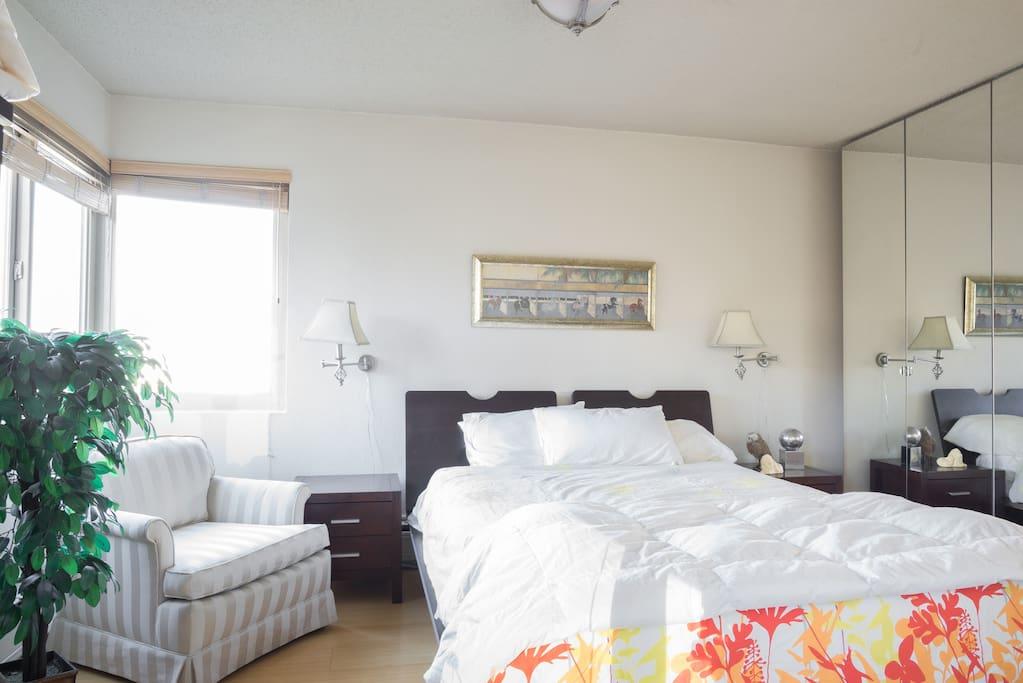 View Bedroom with queen