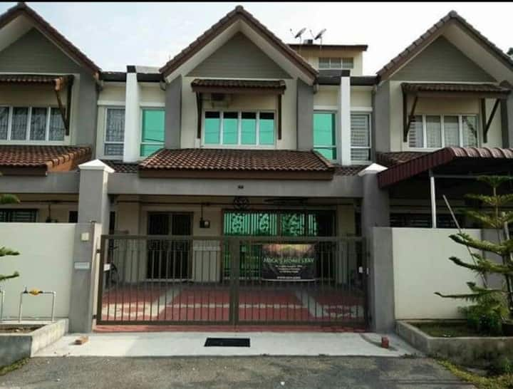 Mika's Homestay, Batu Pahat, Johor, Malaysia