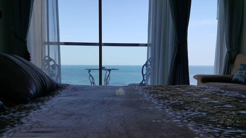 Penthouse Apartment Ocean View