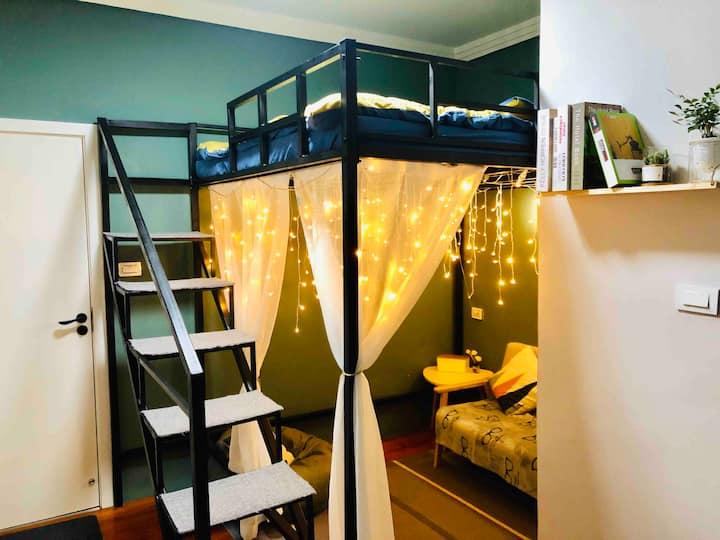 【荒堂青年旅舍】麋鹿单间·小复式大床房·独立卫浴
