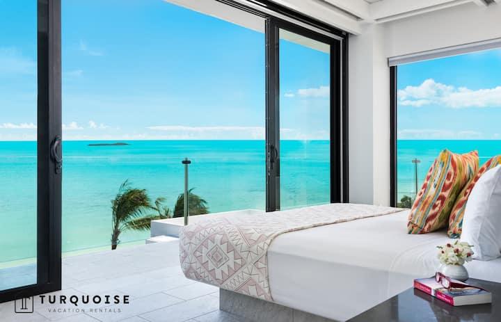 Sandy Bottom Villa - luxury, serviced 4 bedroom beachfront