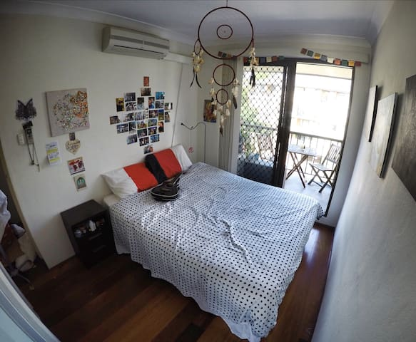 Beautiful own room in lovely & comfortable flat - Ultimo
