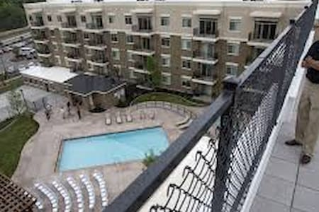 Layton Shared Room. 25 minutes from Snow Basin!! - Layton - Appartement