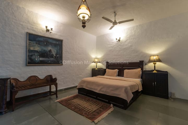 Aman Suite ( one bedroom with a drawing room)