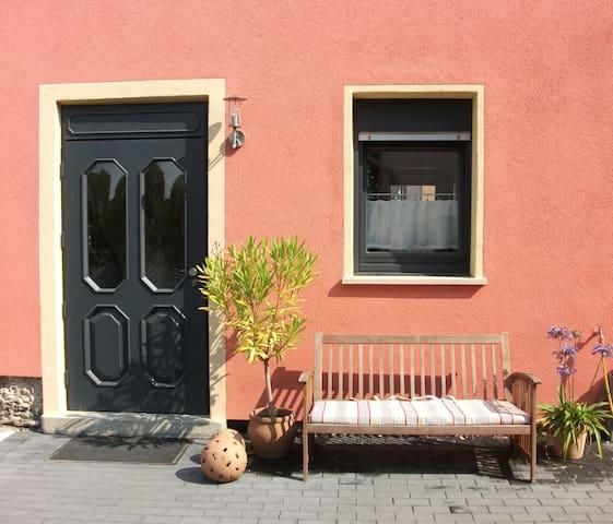 Idyllisches Wohnen am Rheinsteig - Neuwied - Wohnung