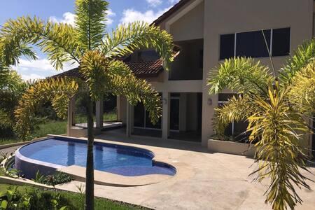 Ocean View Villa Costa Esterillos Costa Rica - Esterillos Oeste - Casa