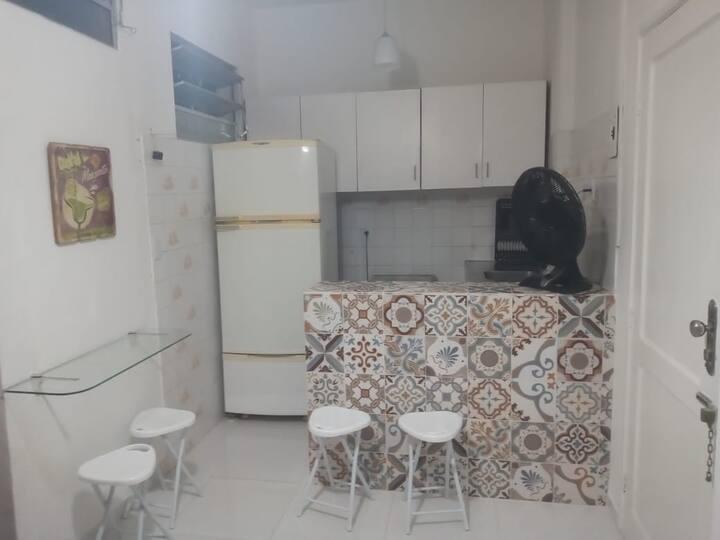Apartamento mobiliado na Barra