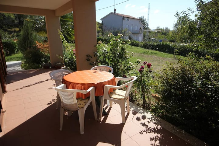 Two bedroom apartment with terrace Presika, Labin (A-7390-b)