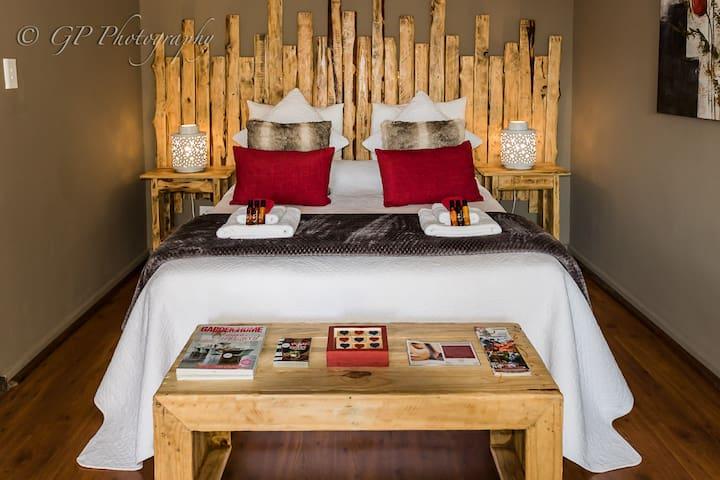 Laguna Lodge - Garden De-Luxe Queen Suite