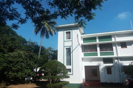 Garden house, Purbapalli, Bolpur - Santiniketan, Bolpur - Maison