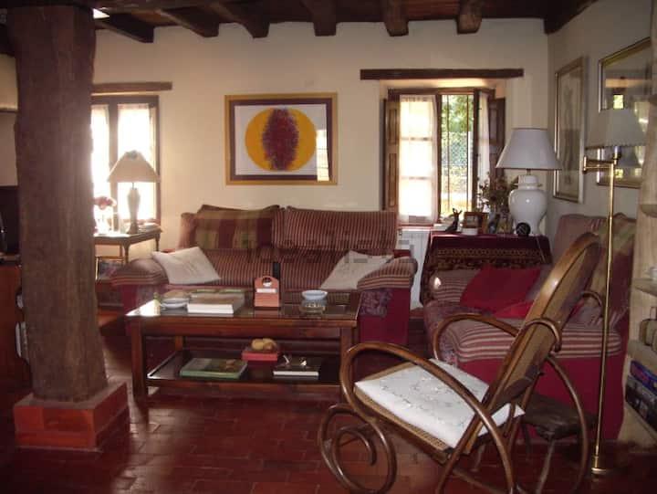 Preciosa casa de pueblo  entre Riaza y Ayllón.