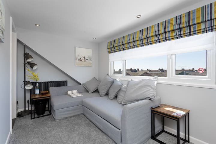 Orchard Loft - One Bedroom Apartment