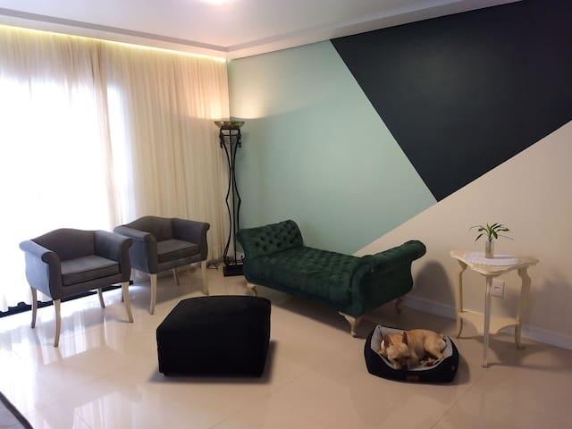 Apartamento completo Anália Franco/Tatuapé