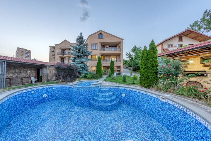 Cozy Villa in Yerevan city with fabulous view
