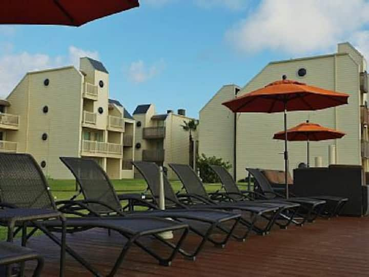 BAHIA MAR Best BeachfrontResort in SPI