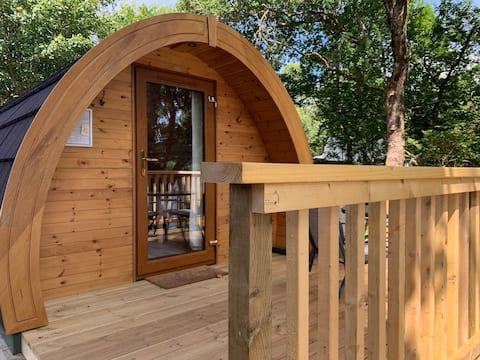 Loch Awe Camping Pod 1 with Mountain and Loch View