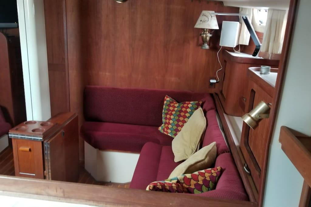 Below deck sitting area with TV