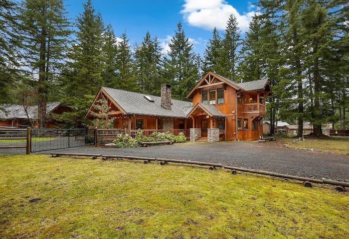 Silver King Mountain Home