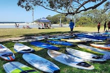 Hire stand up paddle boards at moona creek huskisson