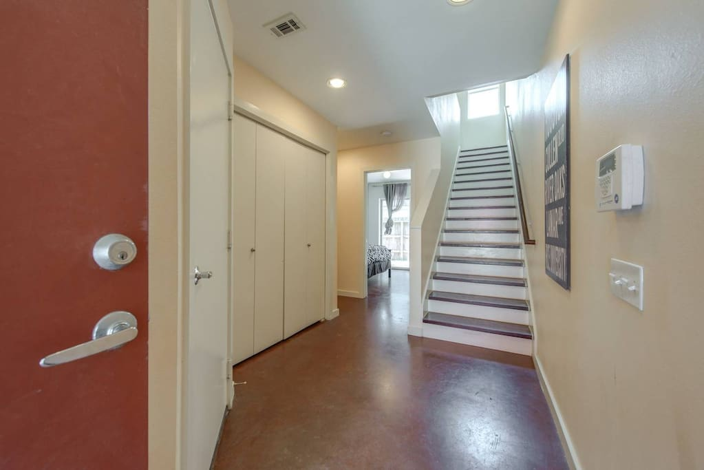 Welcome! Bright & Airy home features 3 bedrooms & 2 full baths.