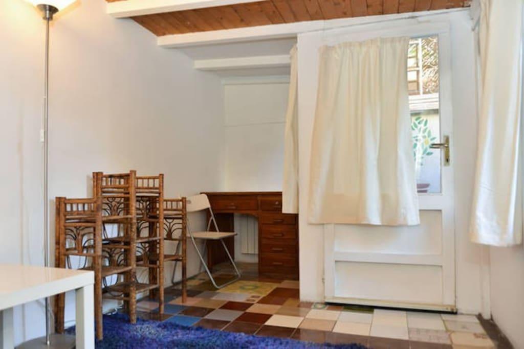 Stanza privata in giardino con bagno privato minicase - Stanza con bagno privato roma ...