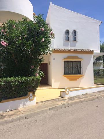 Apartamento acolhedor com acesso a piscina-Tavira