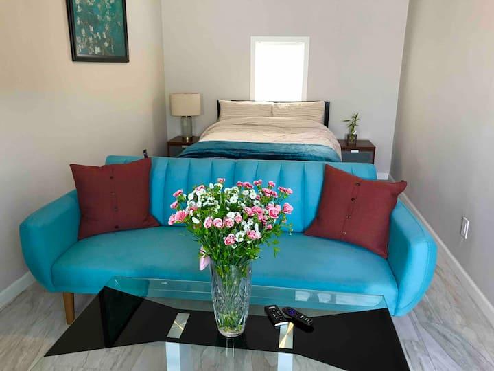 Cozy room with quiet neighborhood 2