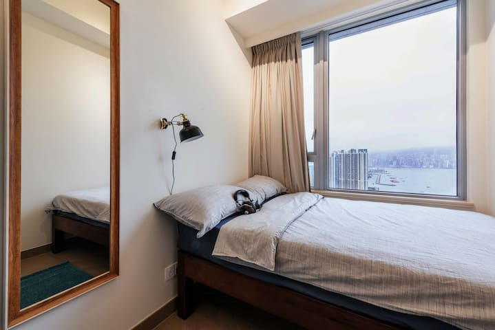 Luxury Seaview Private Room Above Nam Cheong MTR