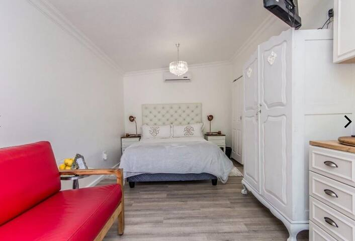 Self catering flat at 6 on Elba