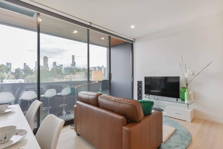 2BR with City views,Cable TV and free WIFI. 25%OFF