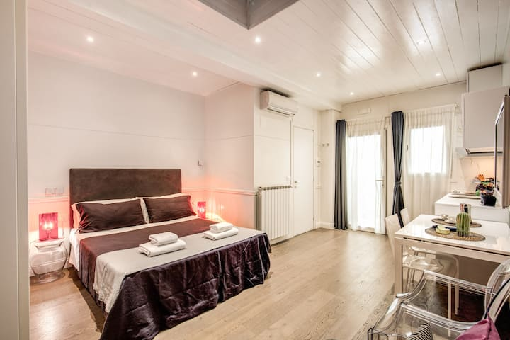 Suite Coliseum Apartment