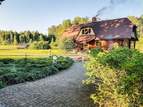 Guest house by the lake with sauna - Vidusķēķi