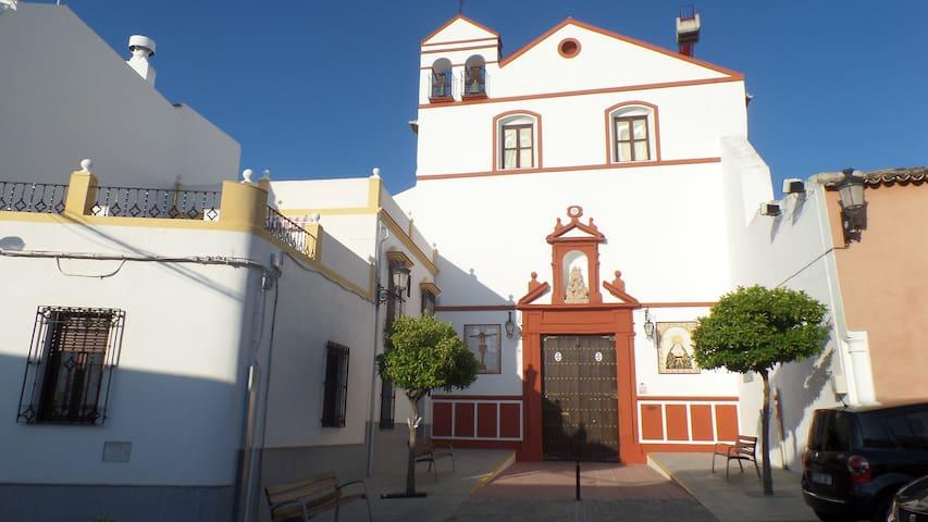 Casa Plaza del Convento, 1 en La Rambla(Córdoba).
