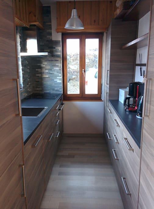 Kitchen (renovated 2015)