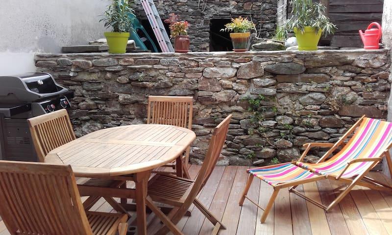 Maison familiale centre village (Cévennes)