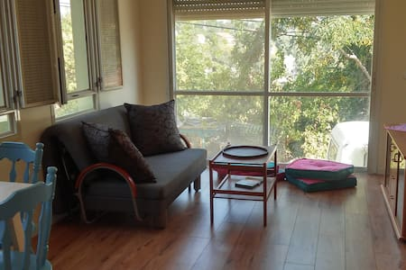 sweet little home for couples&kids - Kiryat Tiv'on - 独立屋