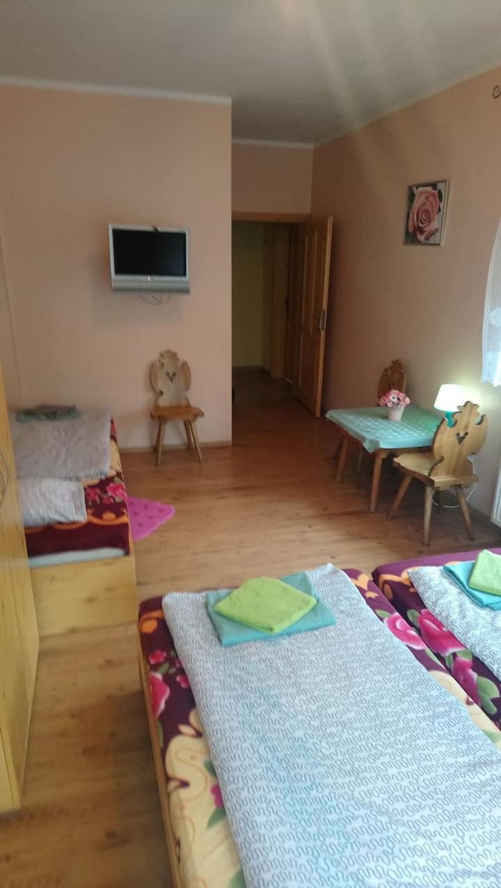 Pokój 3 osobowy z łazienką Willa Skorusa Zakopane