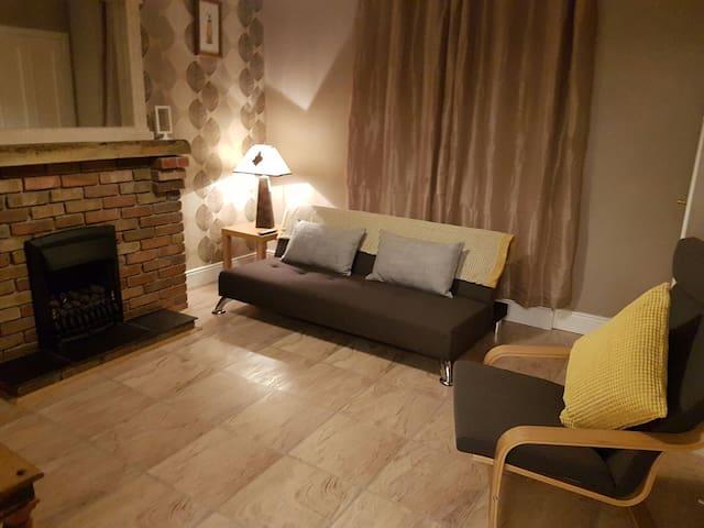 Delightful two bedroom house (The Clandeboye) - Bangor  - House