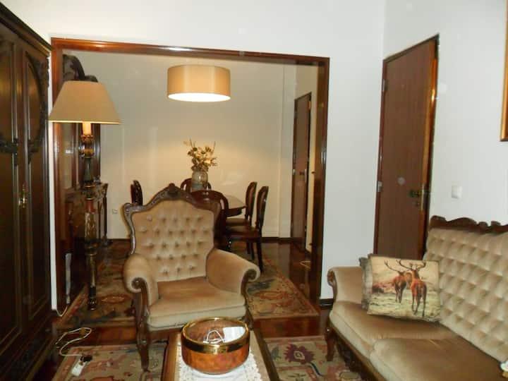 Apartamento no centro da cidade de Mem Martins