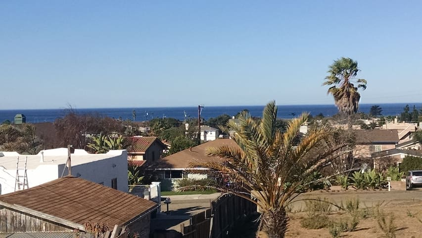 Beautiful Ocean View; Short Walk to Beach & Dining - Grover Beach - Casa