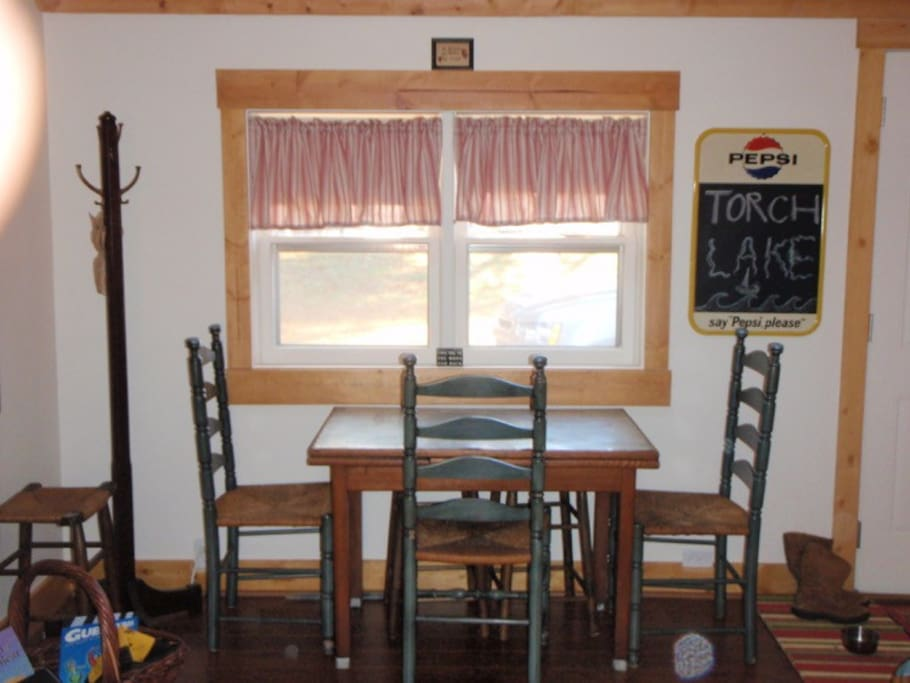 Dining table in the main area