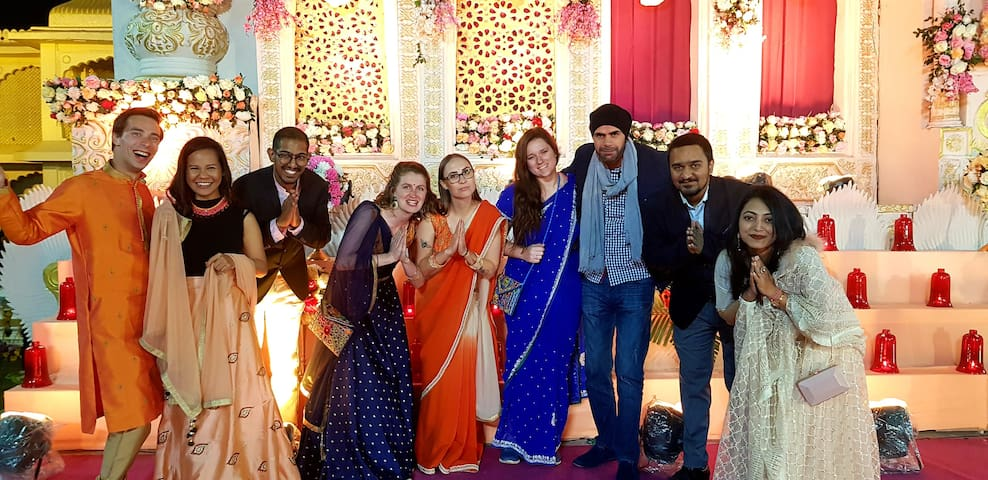 When our guests get lucky to experience a big Indian wedding with the Hometales Family
