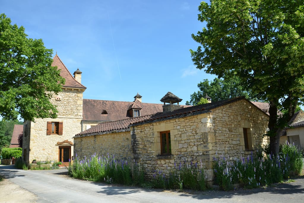 Chambre d 39 h te p rigourdine guesthouses for rent in for Chambre d hote in france