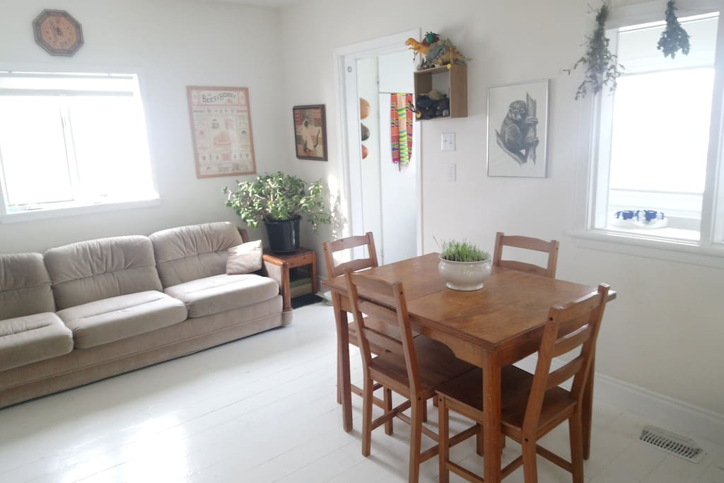 Kitchen + dining table